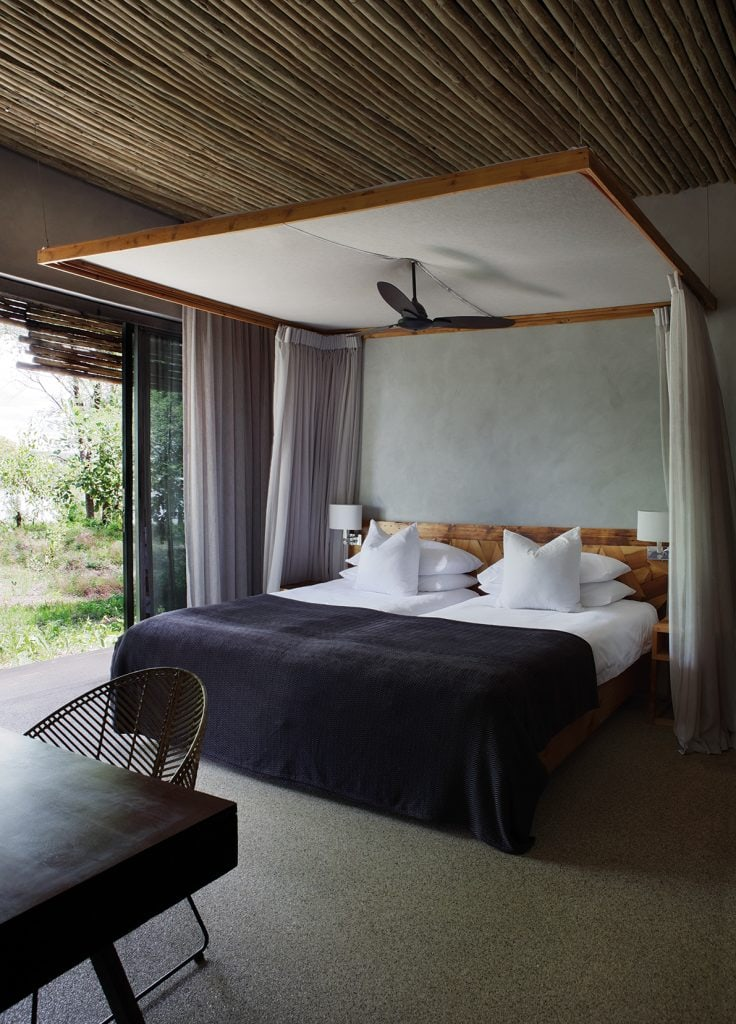 Matetsi River Lodge Luxury Family Suite